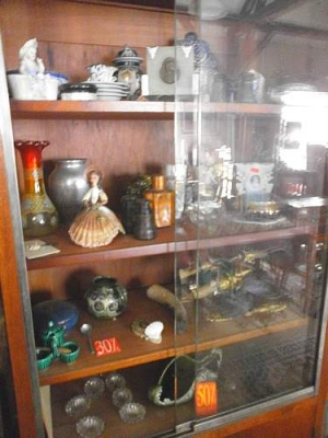 Vide boutique antiquites brocante