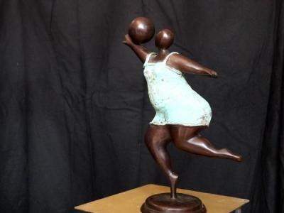 Danseuse au ballon - Pierre Gimenez